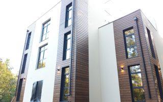 Частный дом. Вентилируемый фасад из сайдинга Латонит. Светлогорск